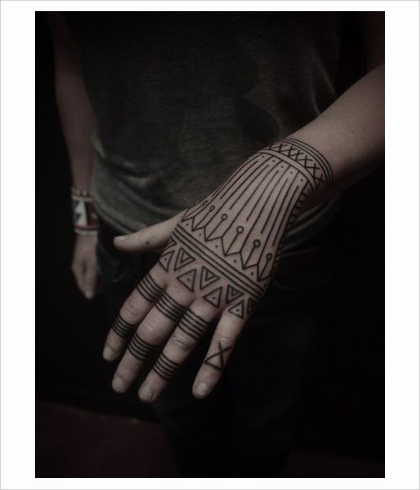 hand geometric tattoo