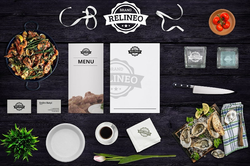 Branding Restaurant Mock-up