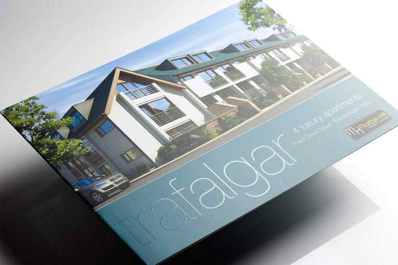 25  Luxury Brochure Design