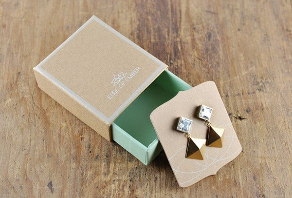 Vintage Style Jewelry Packaging