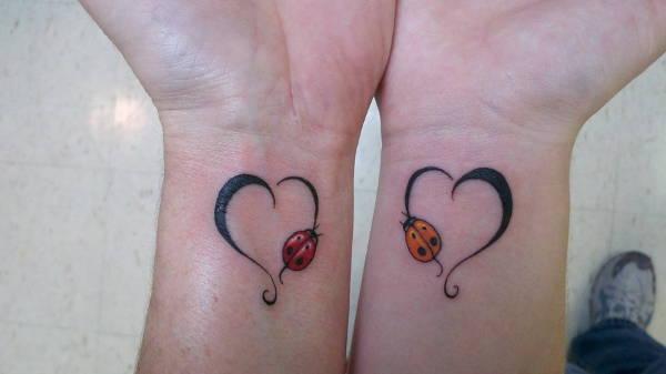 heart-tattoo-on-wrist