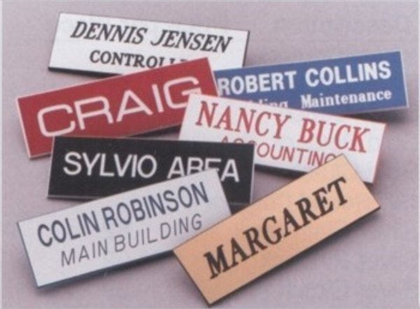 personalized-plastic-name-tag