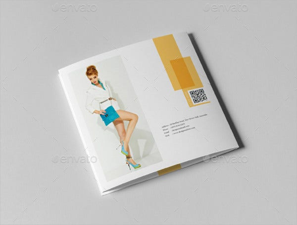 tri fold fashion brochure