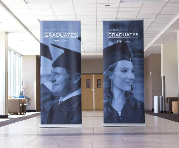 graduation-pop-up-banner