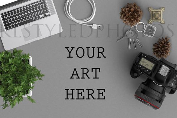 photographers-desk-mockup