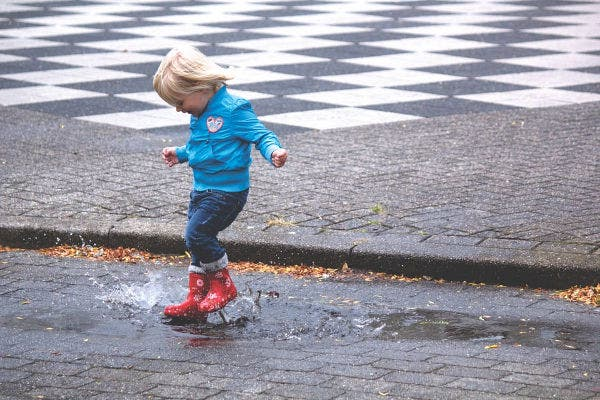 kids rain photography