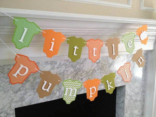 advertising-baby-shower-hanging-banner