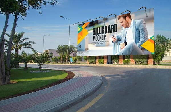 outdoor free psd billboard mockup