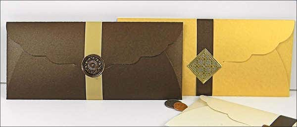 gift-voucher-card-and-envelopes