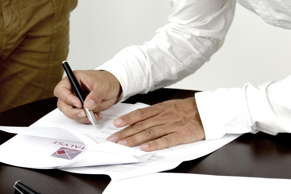 signature 2003808_960_720