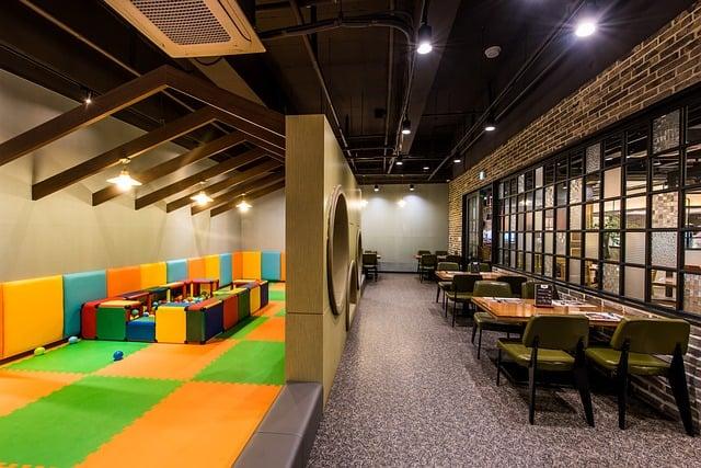 restaurant1991934_640