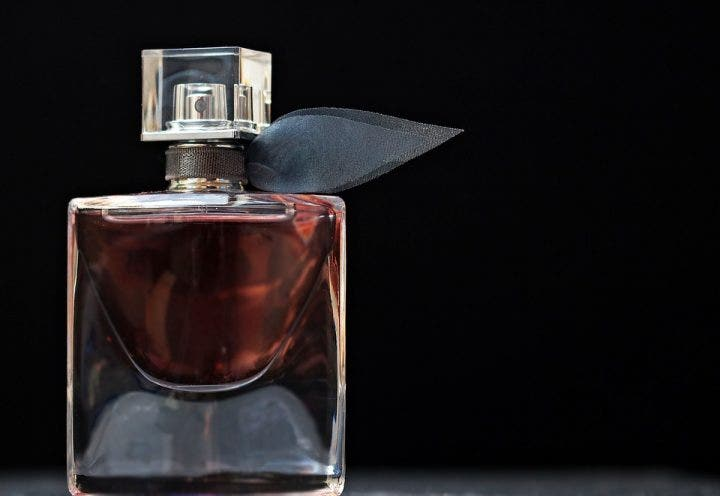 perfume 2142817_960_720 e1512720084345