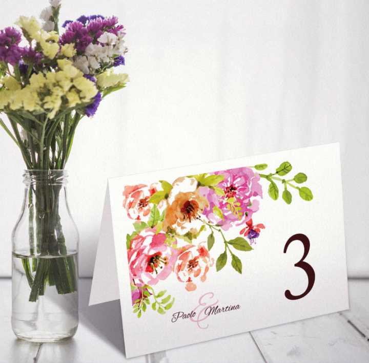artistic-floral-name-place-card-template