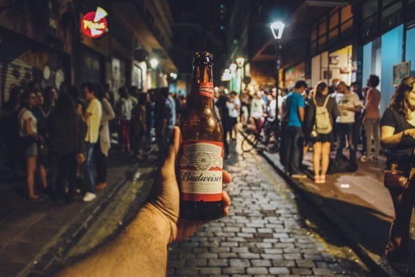 adult bar beer 573910 e1524013464305