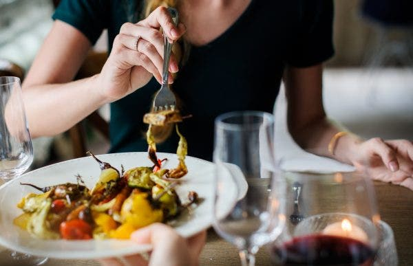 alcohol blur cuisine 390403 e1522898454817