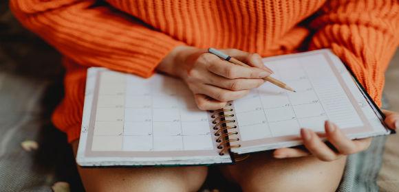 calendarcloseupdailyplanner1898291